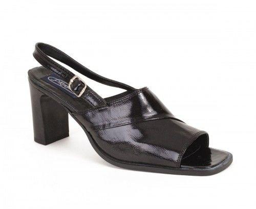 Skórzane sandały damskie na obcasie - miodowe